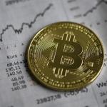 Інвестори вивели рекордний обсяг активів з Ethereum-фондів, але скоротили відтоки з біткоіна
